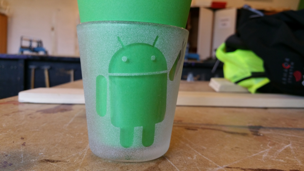 Androidglas08