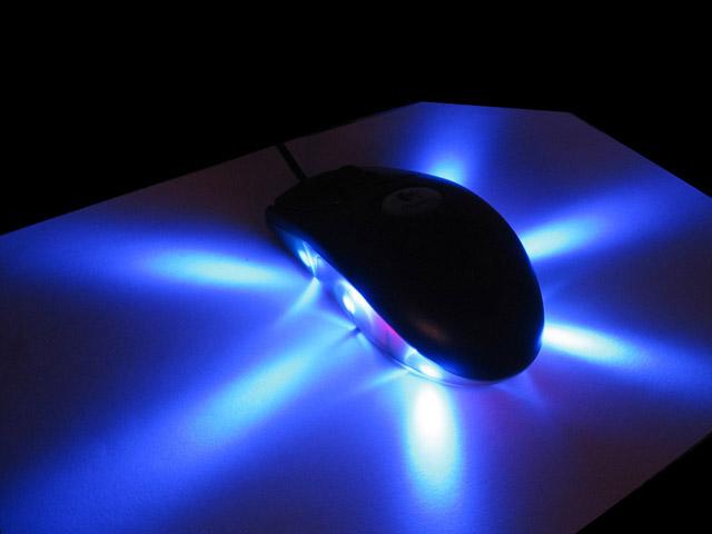 Stealth_bluelight_640