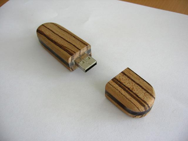 USB-stik13
