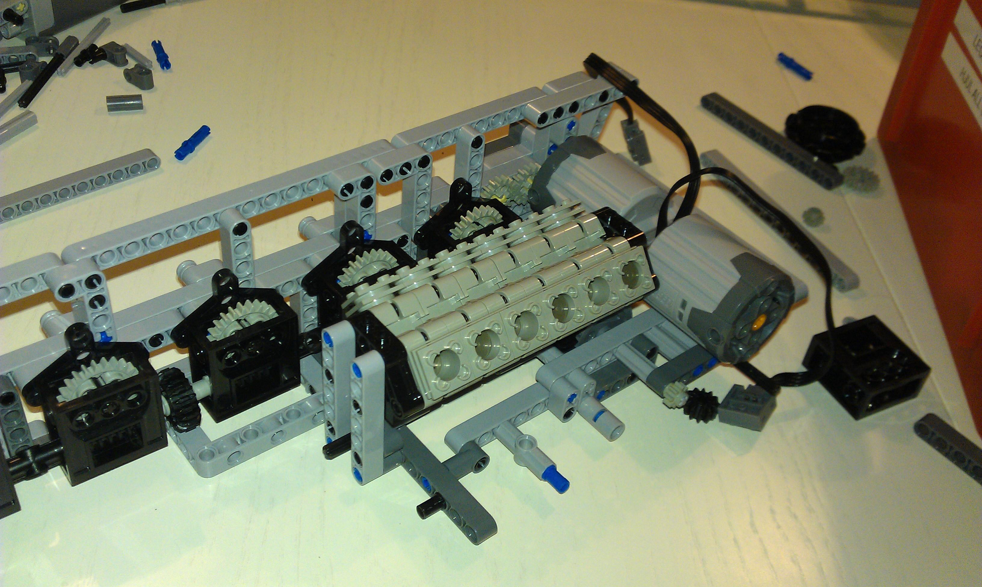 Lego_leo2_004