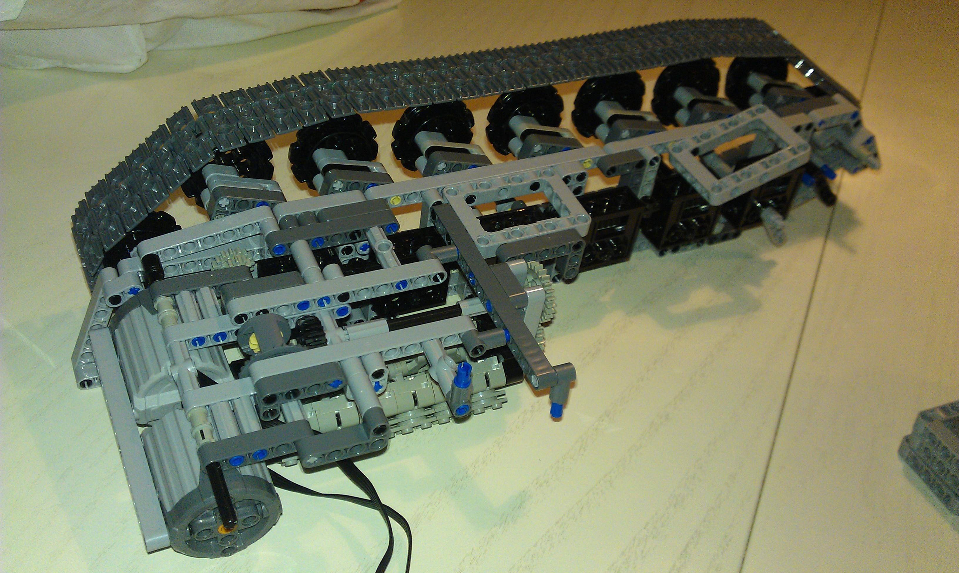Lego_leo2_006