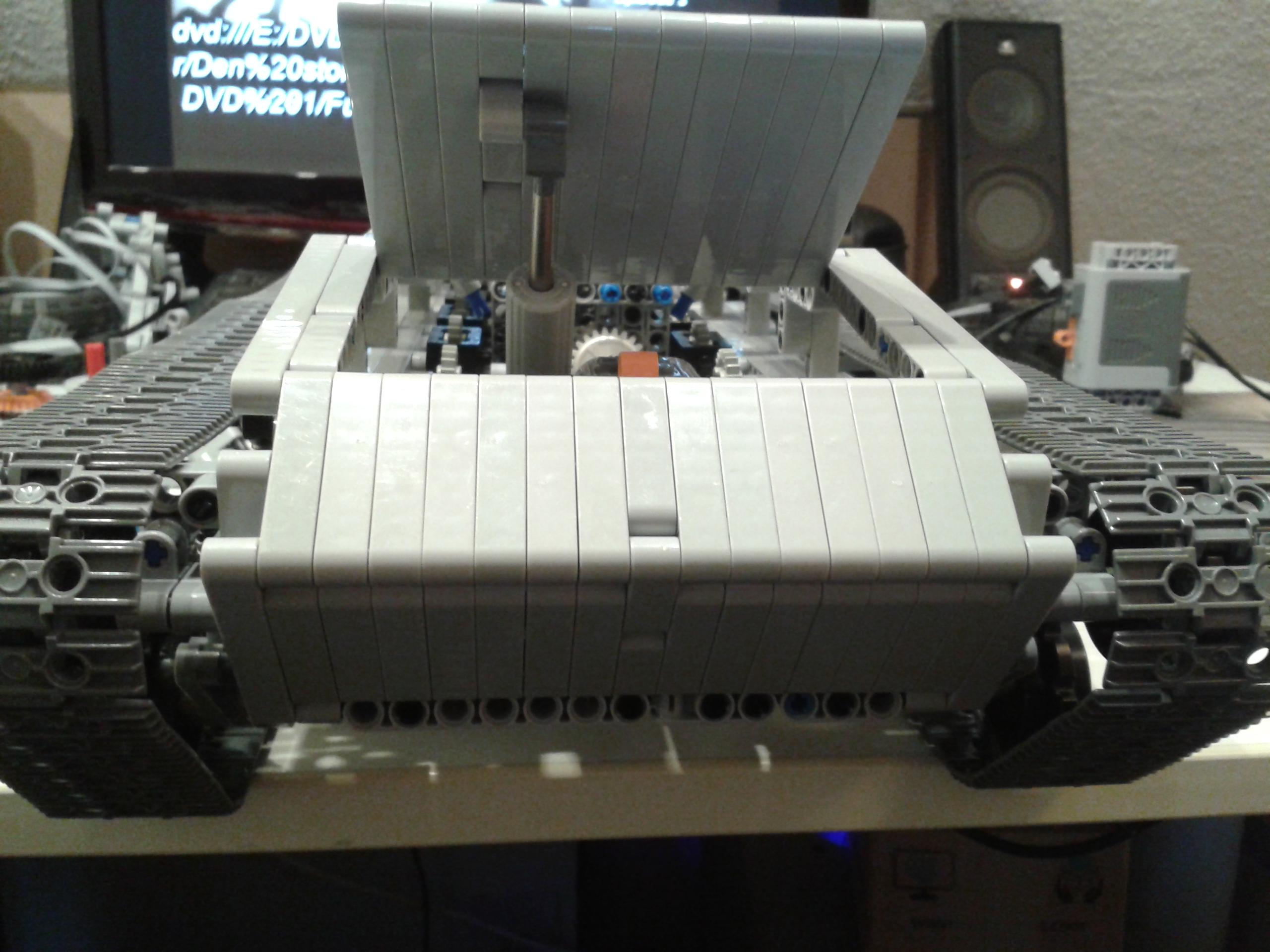 Lego_leo2_010