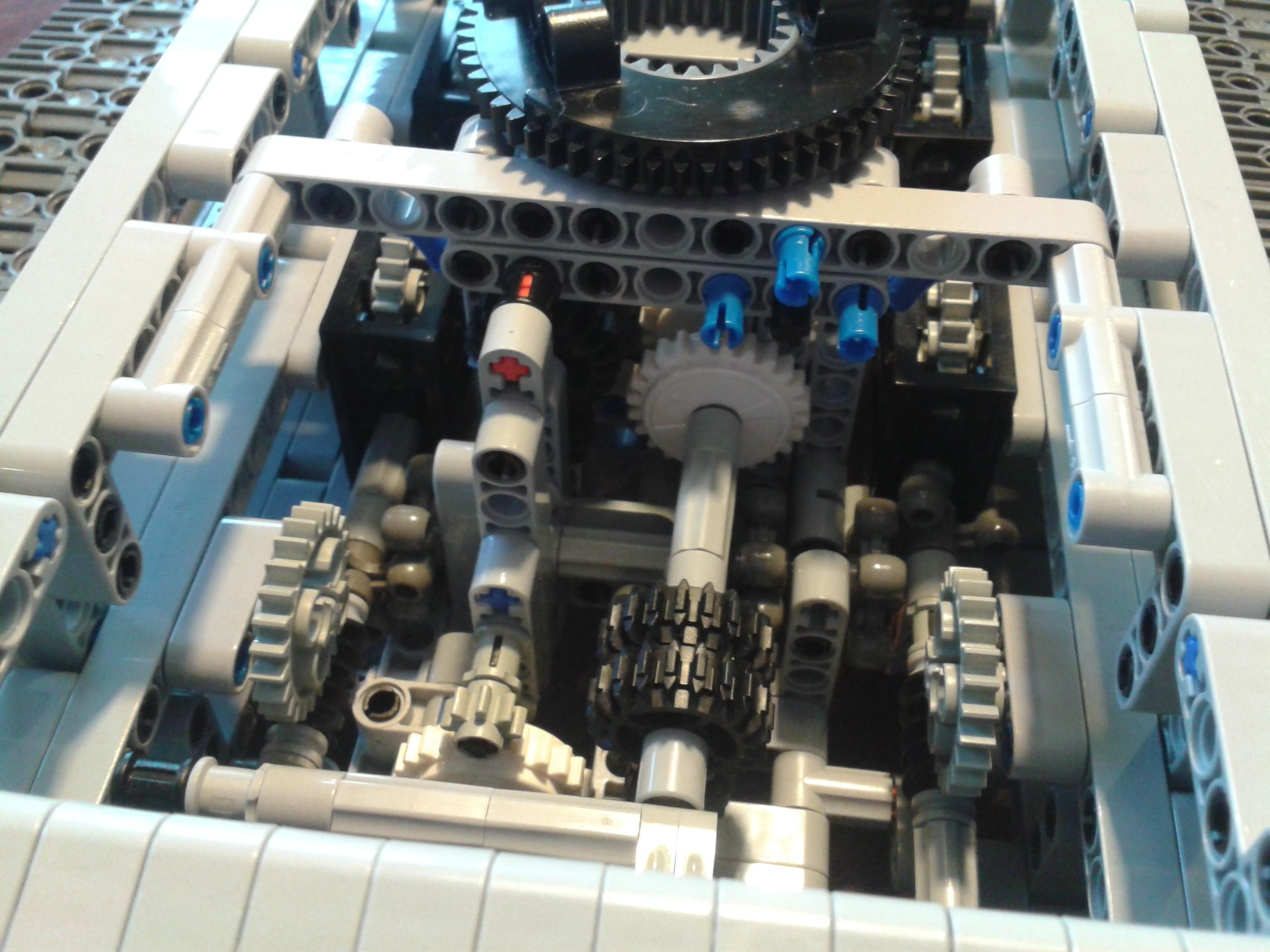 Lego_leo2_011